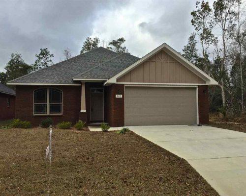 945 John Deere Ln, Cantonment, FL 32533