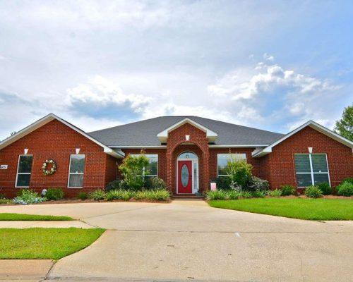 6051 Chapman Cir, Pensacola, FL 32504